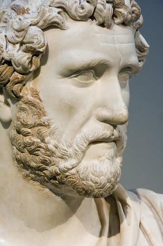 Busto de Adriano, Museo Británico